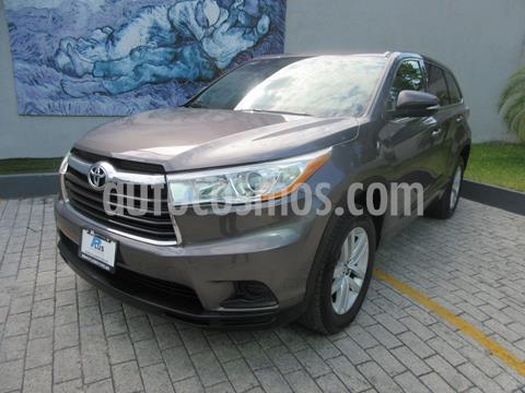 Toyota Highlander LE usado (2016) color Gris precio $335,900
