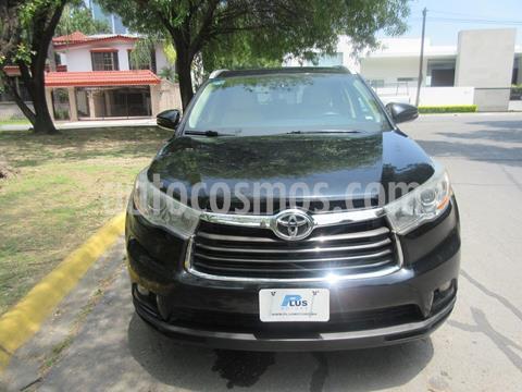 Toyota Highlander XLE usado (2015) color Negro precio $349,000