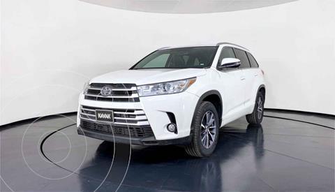 Toyota Highlander XLE usado (2018) color Blanco precio $591,999