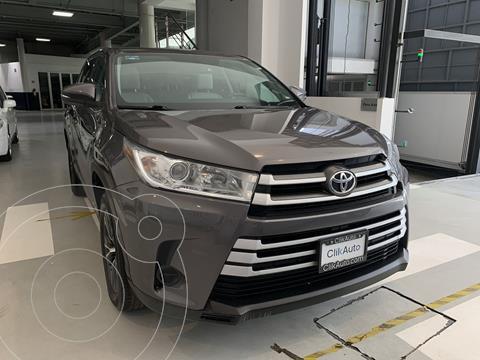 Toyota Highlander LE usado (2017) color Gris precio $390,000