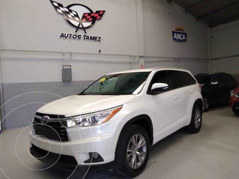 Toyota Highlander XLE usado (2015) color Blanco precio $348,900