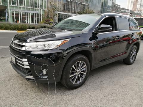 Toyota Highlander XLE usado (2019) color Negro precio $590,000