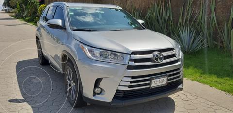 Toyota Highlander XLE usado (2019) color Plata precio $550,000