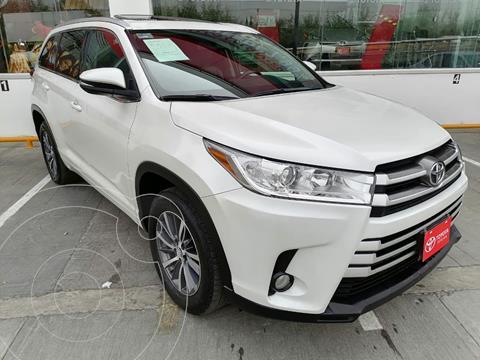 foto Toyota Highlander XLE usado (2017) color Blanco Perla precio $379,000