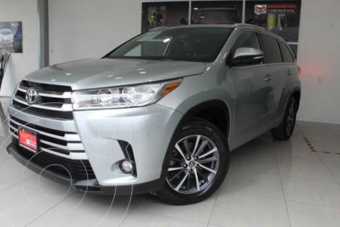 Toyota Highlander XLE usado (2018) color Plata precio $460,000