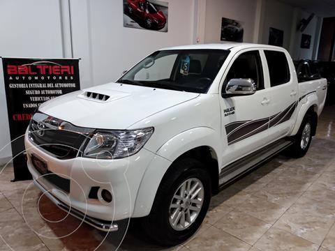 Toyota Hilux 3.0 4x2 SRV TDi DC Cuero usado (2015) color Blanco precio $3.300.000