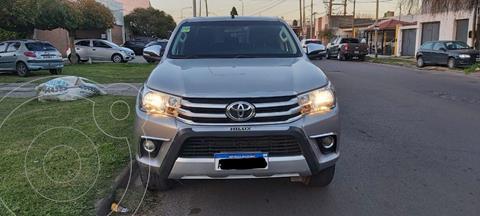 Toyota Hilux 2.8 4x2 SRV TDi DC usado (2017) color Gris Oscuro precio $4.590.000