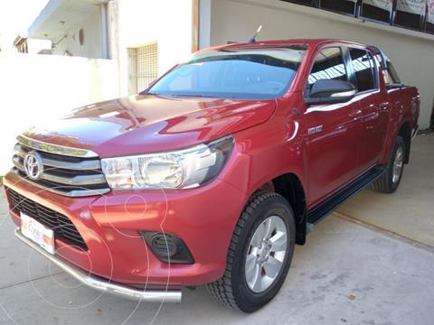 Toyota Hilux 2.4 4x2 SR TDi DC usado (2016) color Rojo precio $3.480.000