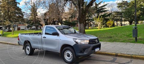 Toyota Hilux 2.4 4x2 DX TDi SC usado (2018) color Gris Oscuro precio $3.600.000