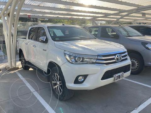 foto Toyota Hilux 2.8 4x4 SRV TDi DC usado (2016) color Blanco precio $4.640.000