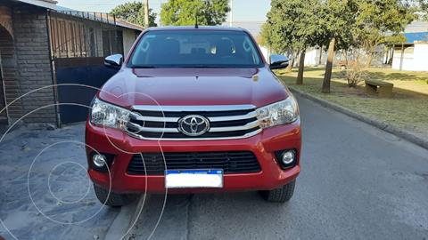 Toyota Hilux 2.8 4x4 SRV TDi DC Aut usado (2017) color Rojo precio $4.500.000