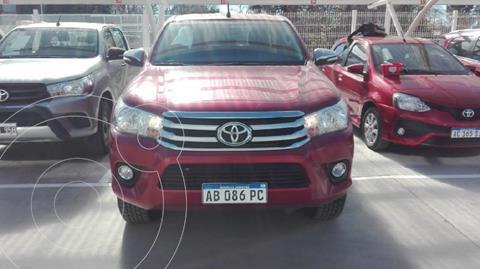 Toyota Hilux 2.8 4x2 SRV Pack TDi DC usado (2017) color Rojo precio $4.070.000