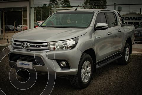 Toyota Hilux 2.8 4x2 SRV TDi DC usado (2017) color Gris precio $3.900.000