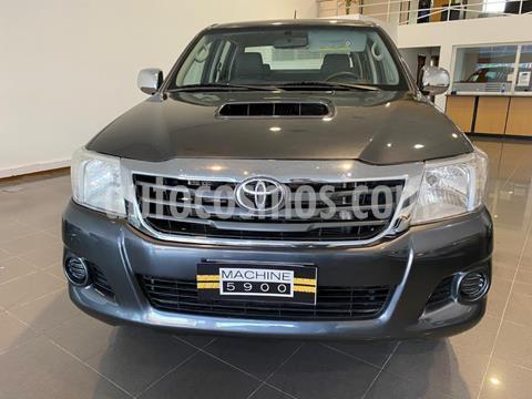 Toyota Hilux 3.0 4x4 SR TDi DC usado (2015) color Gris Oscuro precio $2.590.000