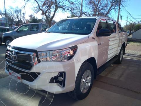 Toyota Hilux 2.8 4x4 SRX TDi DC Aut usado (2019) color Blanco precio $4.620.000