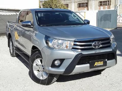 Toyota Hilux 2.8 4x2 SRV TDi DC Aut usado (2018) color Gris Claro precio $2.750.000