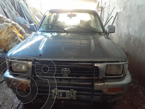 Toyota Hilux SR-5 4x4 SC usado (1999) color Gris precio $750.000