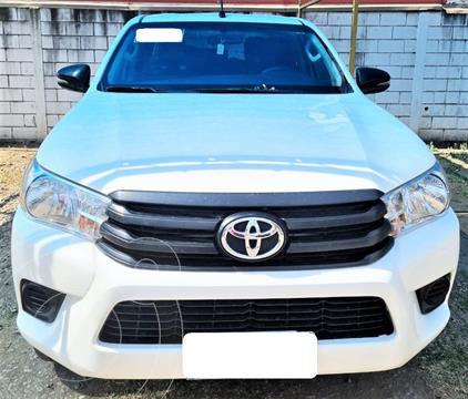 Toyota Hilux 2.4 4x2 DX TDi DC usado (2018) color Blanco precio $4.250.000