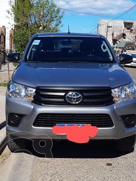 Toyota Hilux 4X4 Cabina Doble DX 2.4 TDi usado (2020) color Plata Metalico precio u$s25.000