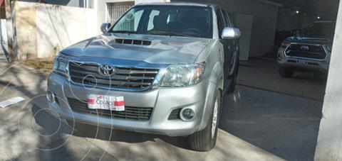 Toyota Hilux 3.0 4x4 SRV TDi DC usado (2012) color Gris Claro precio $3.150.000