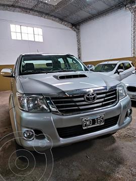 Toyota Hilux 3.0 4x4 SR TDi DC usado (2015) color Gris Oscuro precio $3.400.000