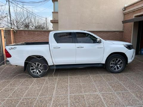 Toyota Hilux 2.8 4x4 SRX TDi DC usado (2017) color Blanco precio $4.230.000