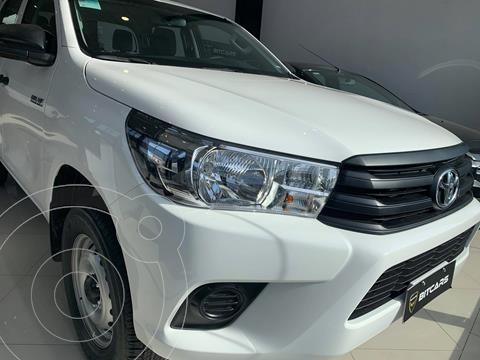 Toyota Hilux 2.4 4x2 DX TDi DC nuevo color Blanco precio $3.880.000