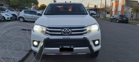 Toyota Hilux 2.7 4x2 SRV DC  usado (2016) color Gris Oscuro precio $3.490.000