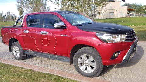 Toyota Hilux 2.8 4x2 SRV TDi DC usado (2016) color Rojo financiado en cuotas(anticipo $2.760.000)