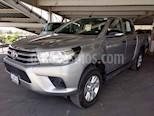 Foto venta Auto usado Toyota Hilux Cabina Doble SR (2017) color Plata precio $320,000
