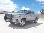 Foto venta Auto usado Toyota Hilux Cabina Doble SR (2018) color Plata precio $348,000