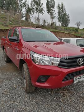 Toyota Hilux 2.4L SR CD 4x2  usado (2017) color Rojo precio $11.490.000