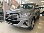 Foto venta carro usado Toyota Hilux Doble Cabina Pick-up 4x2 L4,2.4,8v A 1 3 (2018) color Bronce precio BoF45.000.000