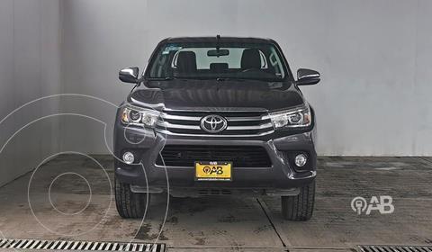 Toyota Hilux Cabina Doble Diesel 4X4 Aut usado (2018) color Gris precio $485,000
