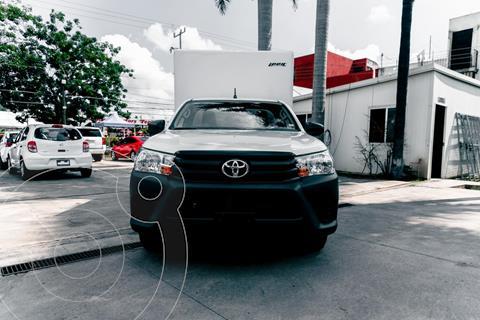 Toyota Hilux Cabina Sencilla usado (2021) color Blanco precio $429,000