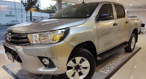 Toyota Hilux Cabina Doble usado (2019) color Plata Dorado precio $385,000