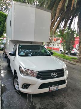 Toyota Hilux Cabina Sencilla Ac usado (2019) color Blanco precio $365,000