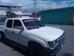 Toyota Hilux Doble Cab. Hi Rider 4x2 L4,2.4,8v S 1 3 usado (2001) color Blanco precio BoF40.000