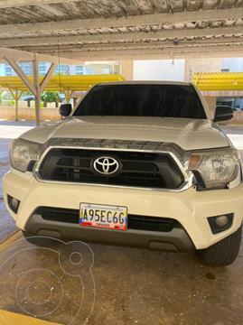 Toyota Hilux Doble Cabina 4.0L 4x4 Aut usado (2013) color Blanco Nieve precio u$s1.000