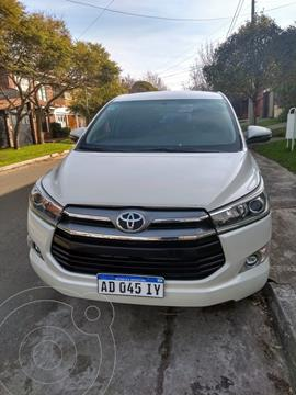 Toyota Innova SRV 2.7 Aut 8 Pas usado (2018) color Blanco precio $3.420.000