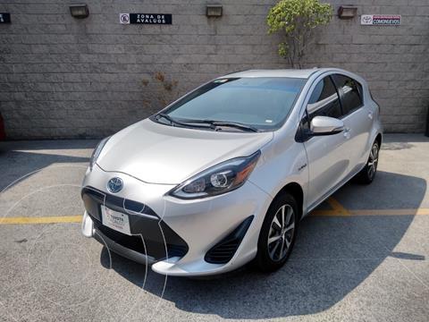 Toyota Prius C 1.5L usado (2018) color Plata Dorado precio $260,000
