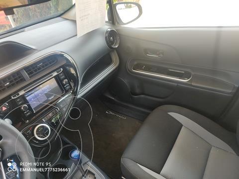 Toyota Prius C 1.5L usado (2019) color Plata Metalico precio $284,900