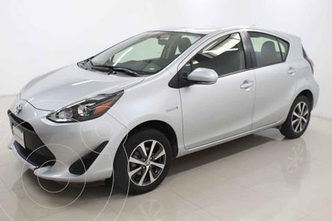 Toyota Prius C Version usado (2020) color Plata precio $339,000
