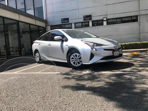 Toyota Prius BASE usado (2016) color Plata Dorado precio $253,000