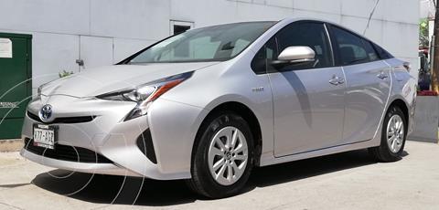 Toyota Prius BASE usado (2016) color Plata Dorado precio $269,000