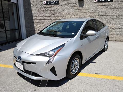Toyota Prius BASE usado (2016) color Plata Dorado precio $230,000