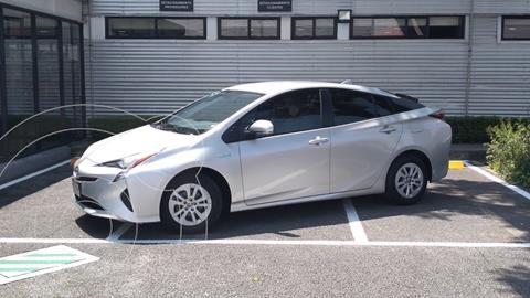 Toyota Prius BASE usado (2017) color Plata Dorado precio $290,000