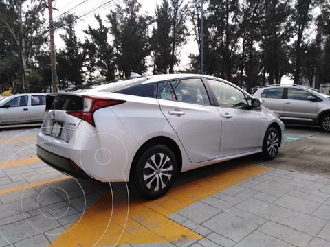Toyota Prius 1.8L CVT usado (2020) color Plata Dorado precio $340,000
