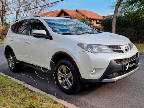 Toyota Rav4 2.0 Lujo 4X2 Aut usado (2015) color Blanco precio $14.990.000
