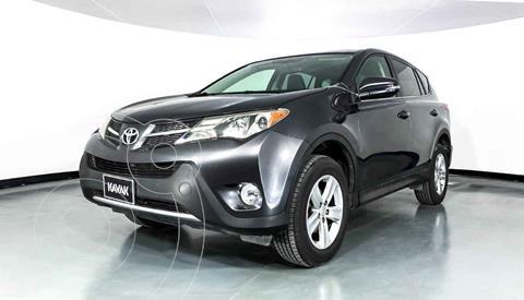 Toyota RAV4 2.4L Limited usado (2013) color Plata precio $237,999